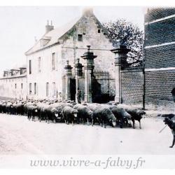 Ferme Saint-Simon Batiments d'entrée avant 1914