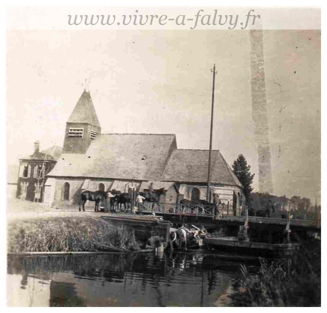 Bethencourt - Cavaliers près de l'Eglise_Photo Allemande