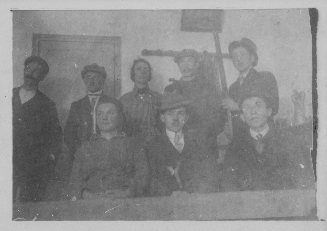 Café Parau à Falvy Année 1920