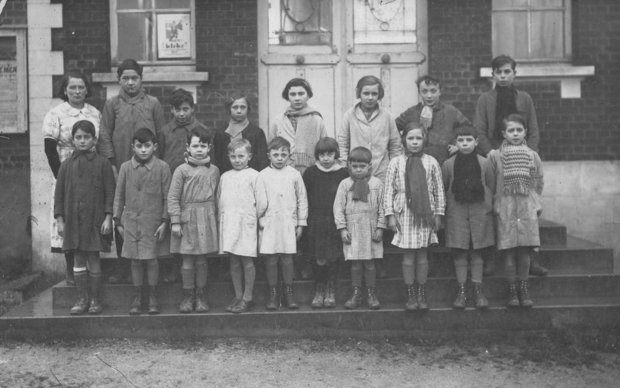 Ecole Falvy 1937 ?