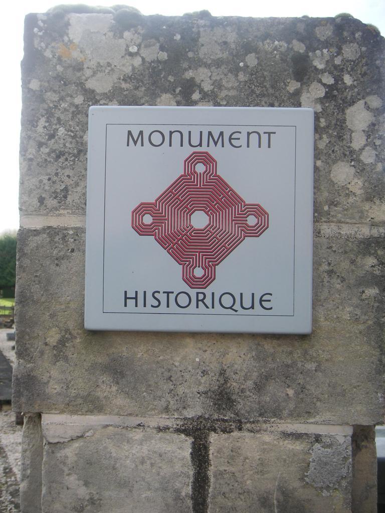 L'église de Falvy a été classée Monument Historique par un arrété du ?