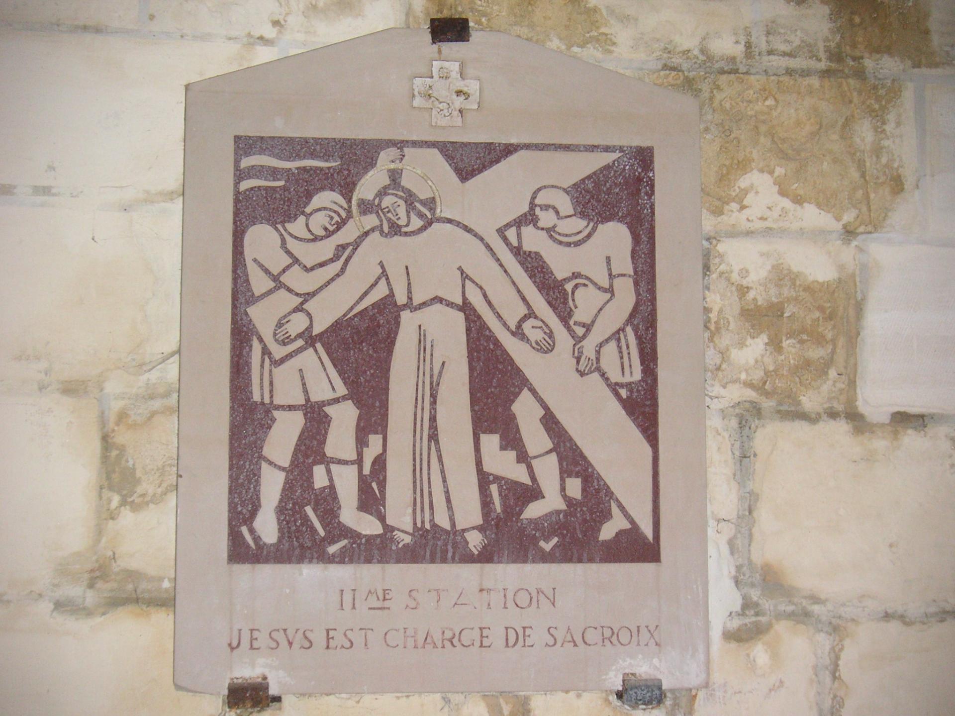 Le chemin de croix a été taillé dans la pierre de Tonnerre par ?